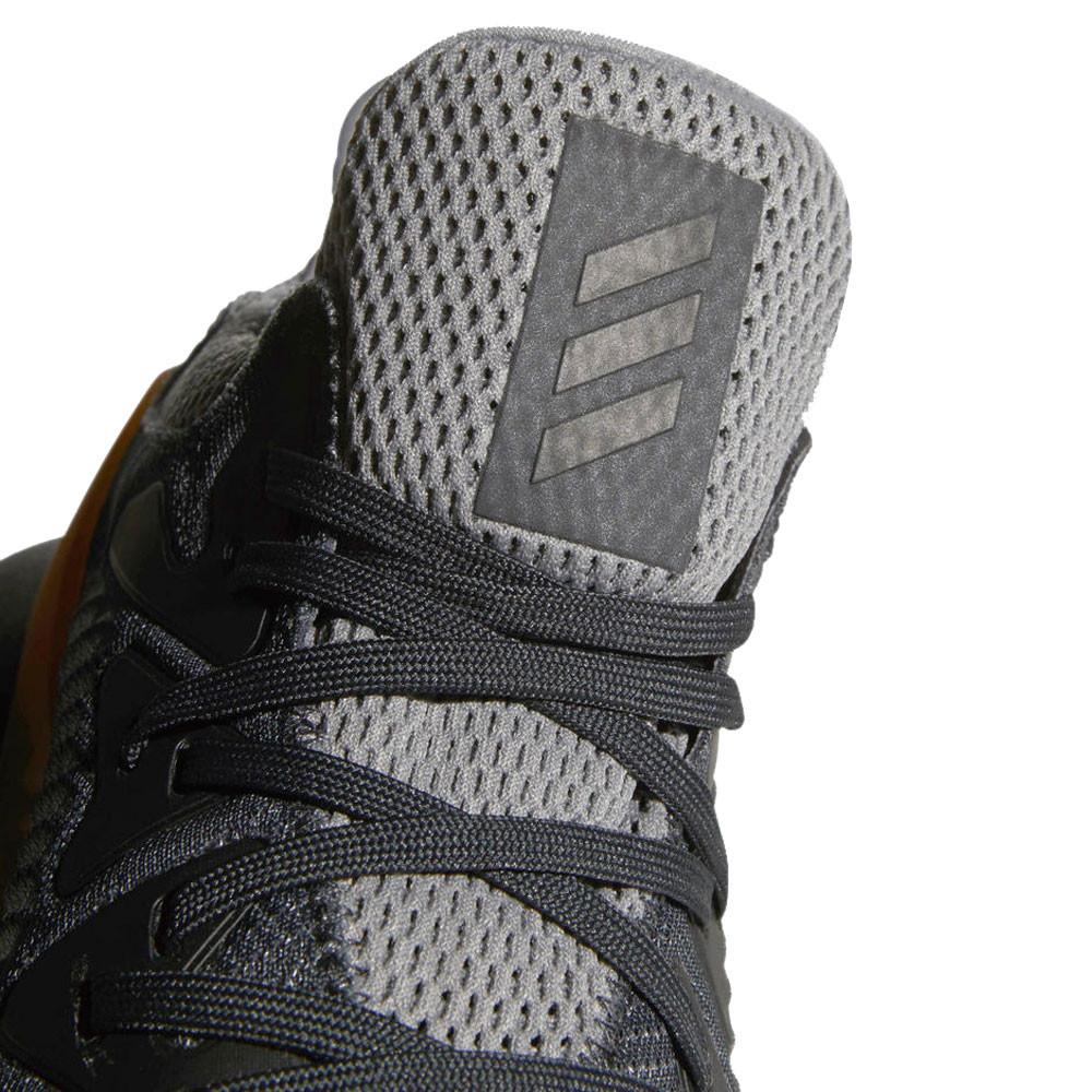 Más allá de zapatillas adidas AlphaBounce TC 18 50% descuento