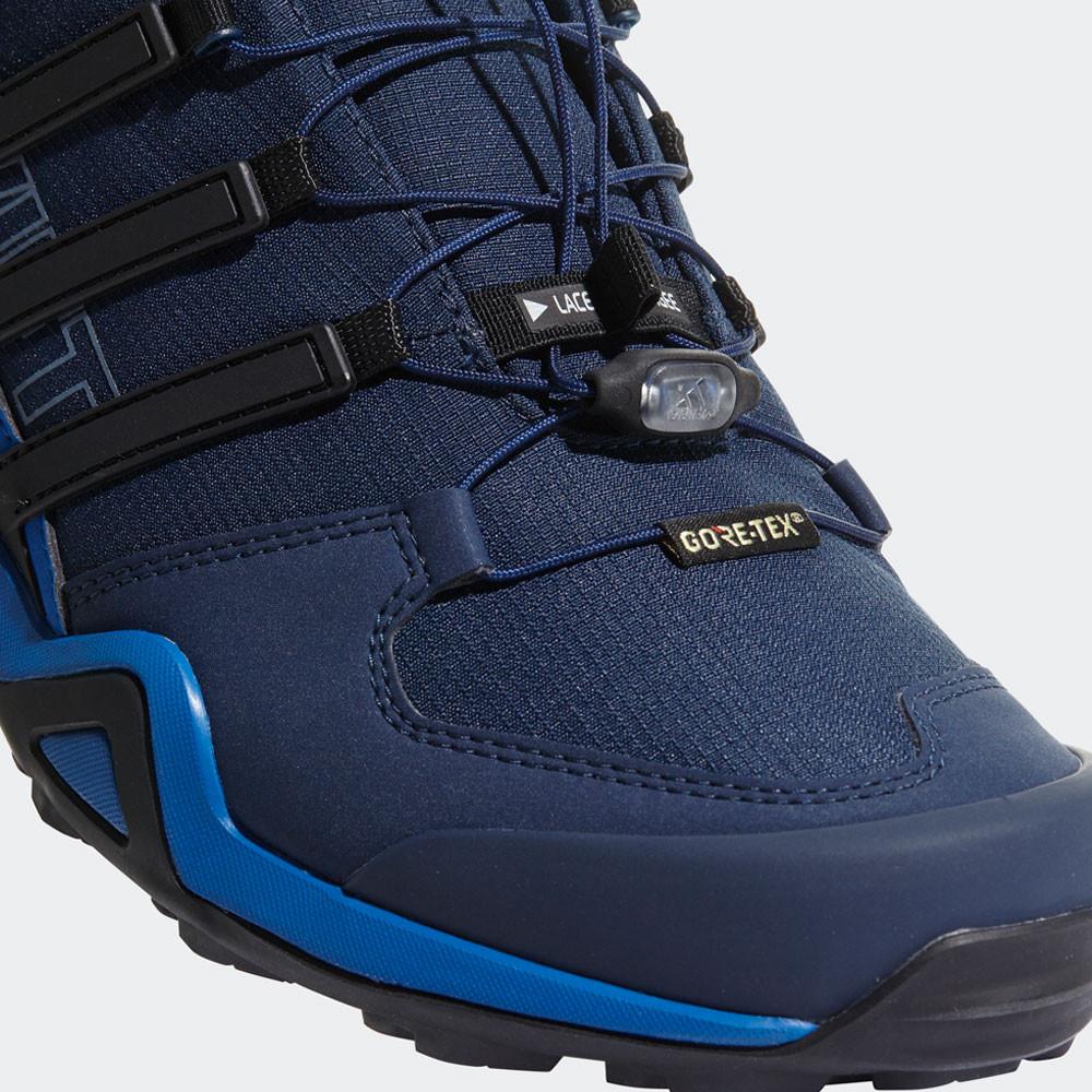 quality design 3a5d7 c23e7 adidas Uomo Terrex Swift R2 Gore Tex Scarpe Da Passeggio Trekking Nero Blu