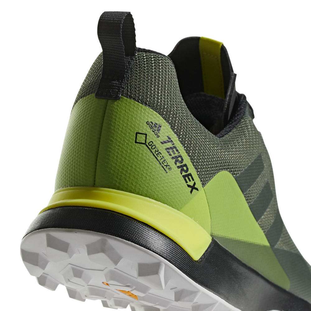 purchase cheap 6bd58 f712a Adidas Homme Terrex Cmtk Gore-Tex Trail Chaussures De Course À Pied Baskets  Vert