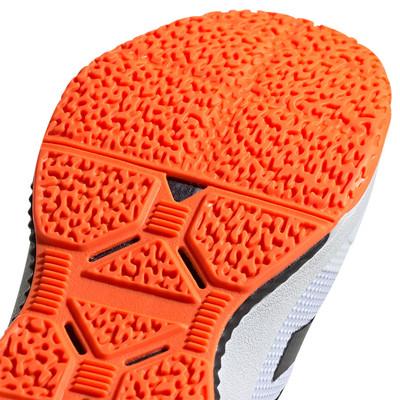 adidas Stabil Bounce zapatillas para canchas interiores  - AW19