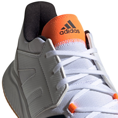 adidas Essence zapatillas para canchas interiores  - SS20