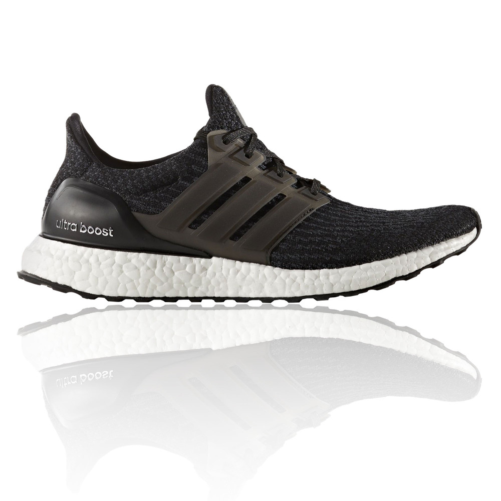 adidas herren schwarz ultra boost laufschuhe jogging sport. Black Bedroom Furniture Sets. Home Design Ideas