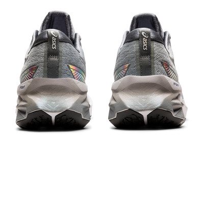 ASICS Novablast 2 Platinum Running Shoes - AW21