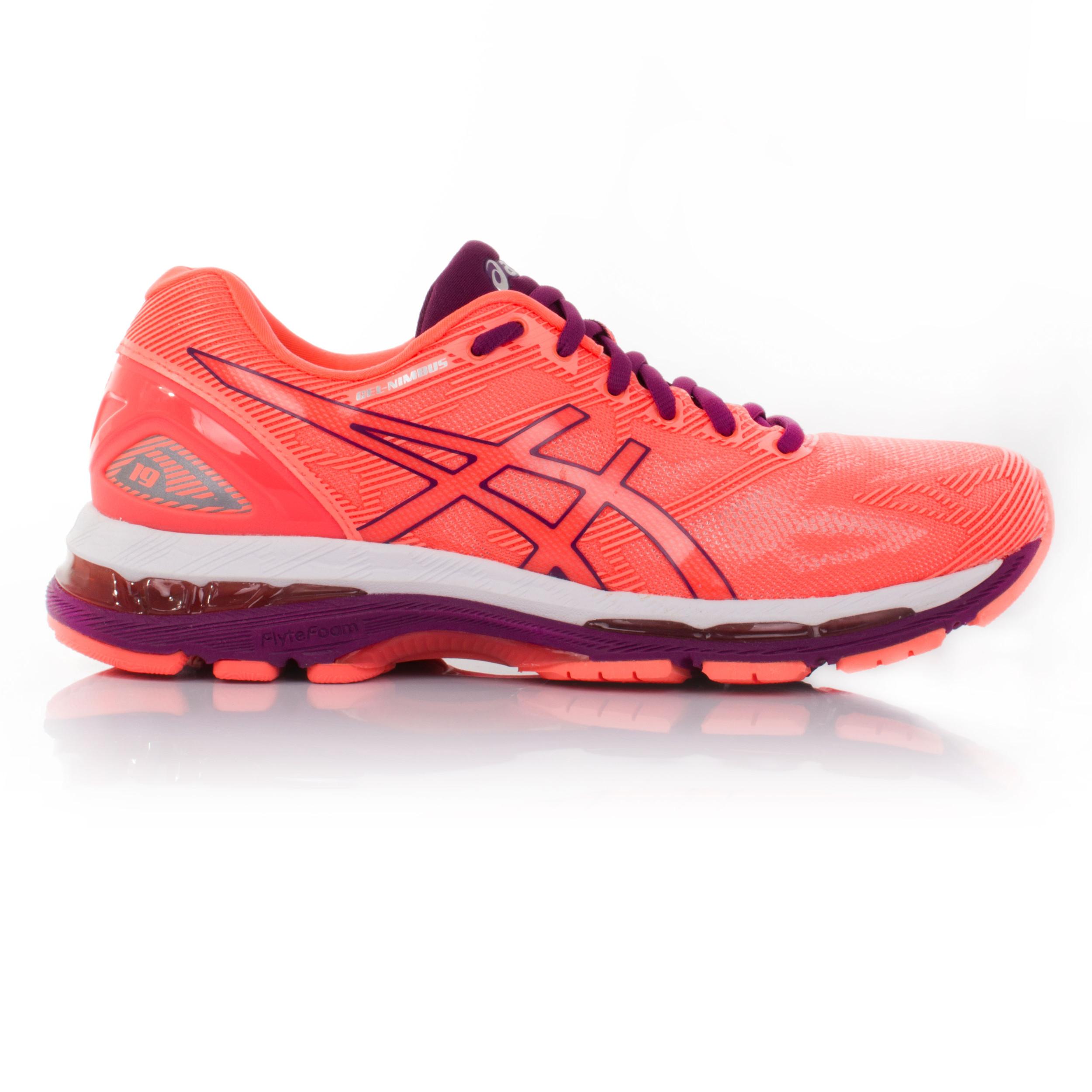 Détails sur Asics Gel Nimbus 19 Femme Orange Rose Matelassé Running Fitness Chaussures Baskets afficher le titre d'origine