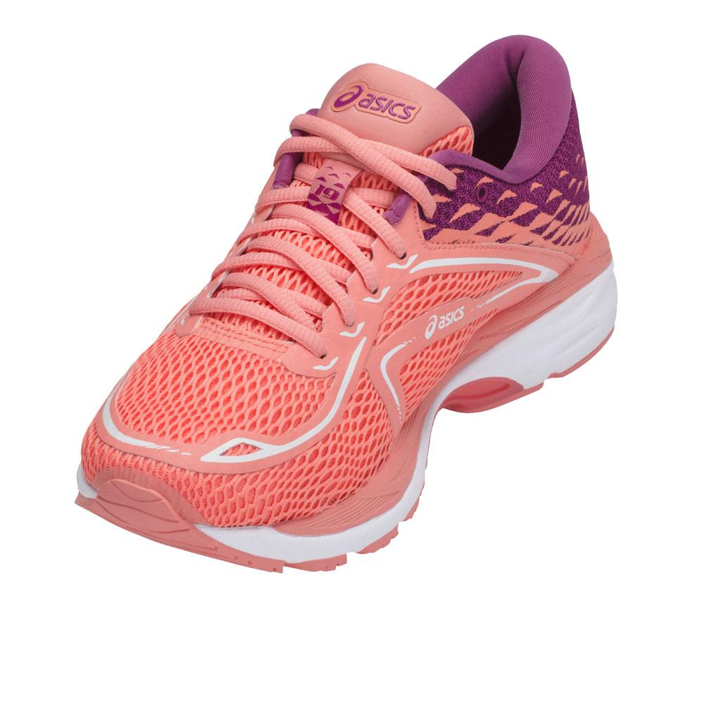 best sneakers d5e72 a962c La tecnología DuraSponge proporciona una amortiguación extra en la suela  externa mejorando la durabilidad en el calzado.