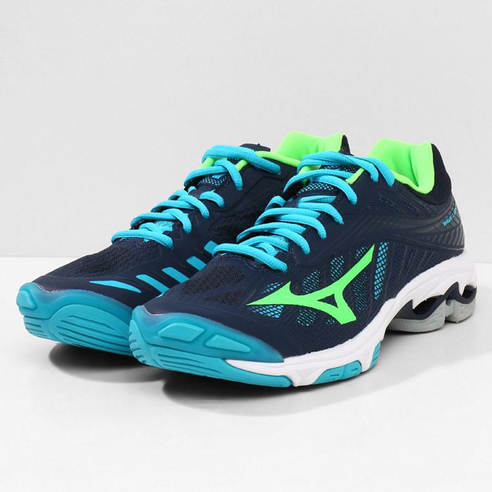 ef562dfa Mizuno Wave Lightning Z4 Court Shoes - 57% Off   SportsShoes.com