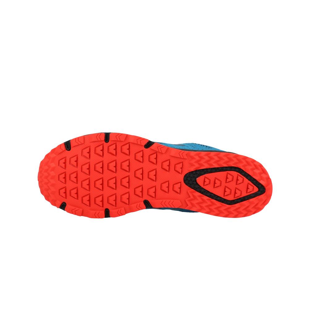 chaussure trail new balance 590v4