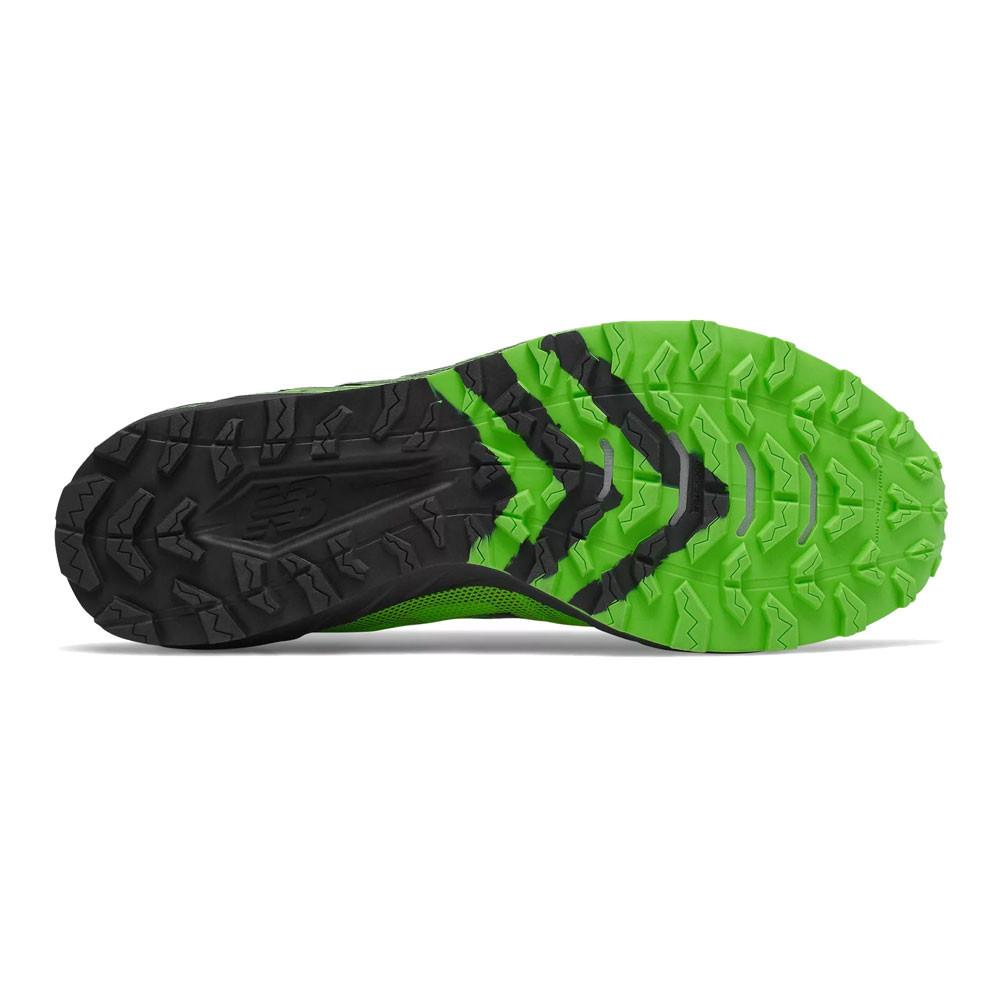 chaussures de trail new balance summit unknown vert