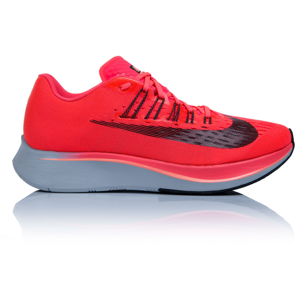 brand new 2b5a0 bc0d9 ... Nike Zoom Fly femmes chaussures de running - SU18 ...