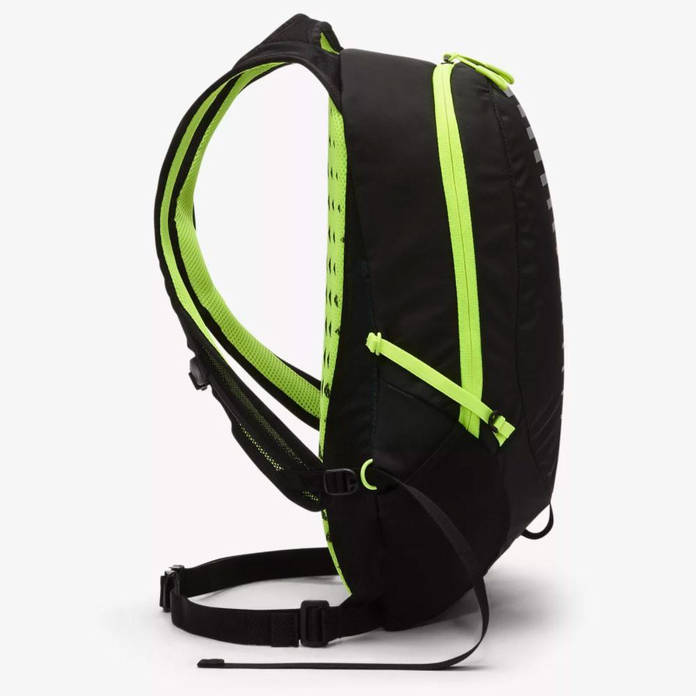 1e289e23638 Nike Run Commuter Backpack 15L - SP19 | SportsShoes.com