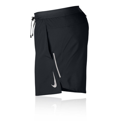 Nike Dri-FIT Flex Stride 5