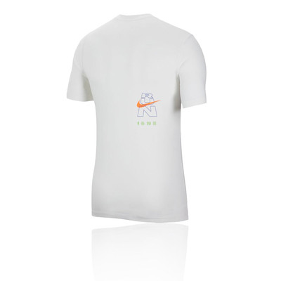 Nike Dri-FIT Berlin Running T-Shirt - HO19