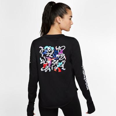 Nike Sphere Element Tokyo para mujer Long-Sleeve camiseta de running - SP20