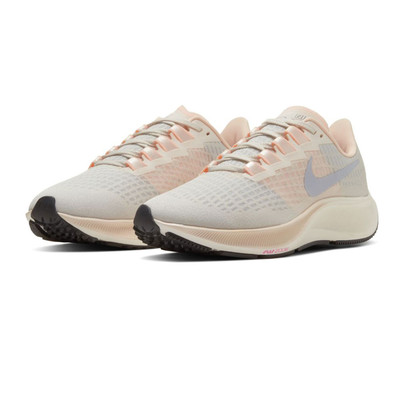 Nike Air Zoom Pegasus 37 Women's Running Shoes - FA20