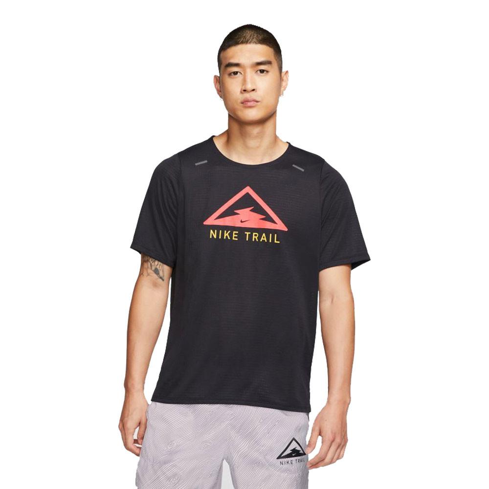 Nike Rise 365 trail t shirt de running FA20