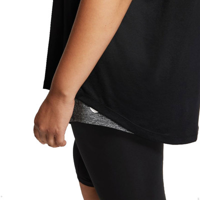 Nike Dri-FIT Legend per donna Training T-Shirt (Plus Size) - FA21