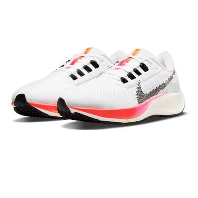 Nike Air Zoom Pegasus 38 femmes chaussures de running - FA21