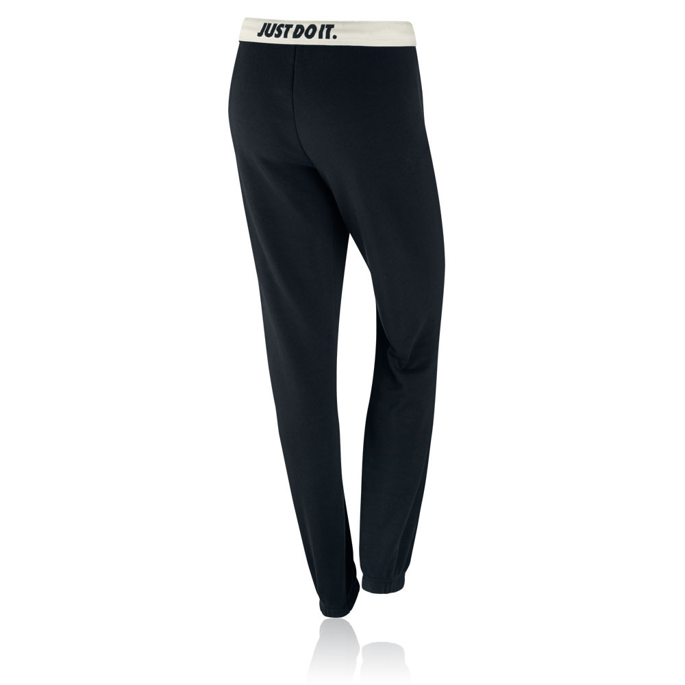 Fantastic Were Seriously Crushing On Highwaisted Workout Pants  Weve Been Reaching For Them Before Every Workout Lately! Not Only Do They Keep Everything Nice And Tucked In, But Theyre Figure Flattering, Slimming, And Secure Tapping It Back In