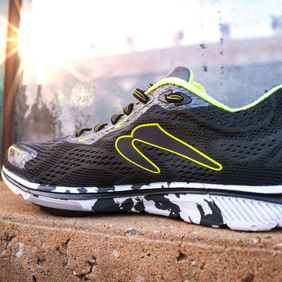 Newton Motion 8 chaussures de running - SS20