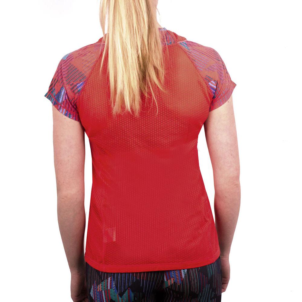 Saucony freedom women 39 s short sleeve running t shirt for Short sleeve shirt for women