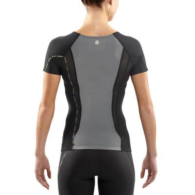 Skins DNAmic Women's Compression Short Sleeve Top