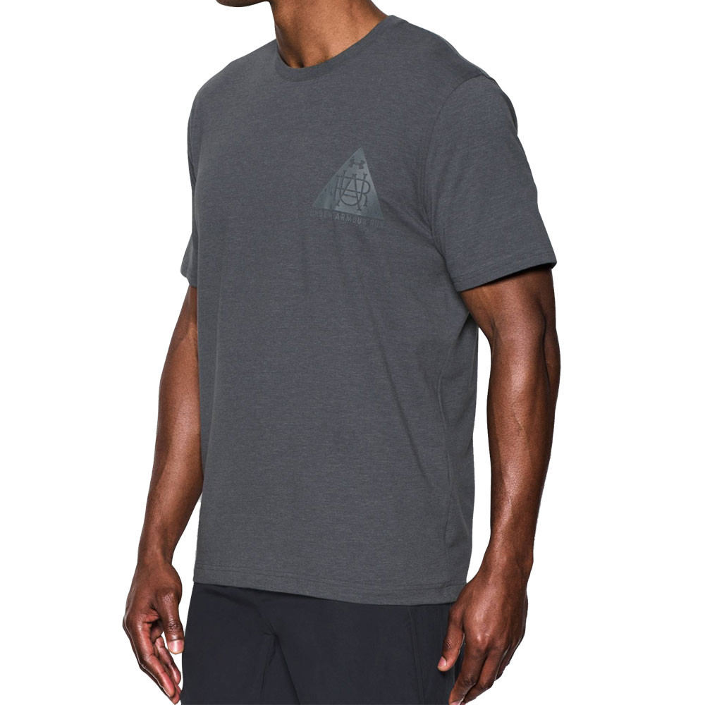 Under armour secret society ss running t shirt ss17 for Do under armour shirts run small