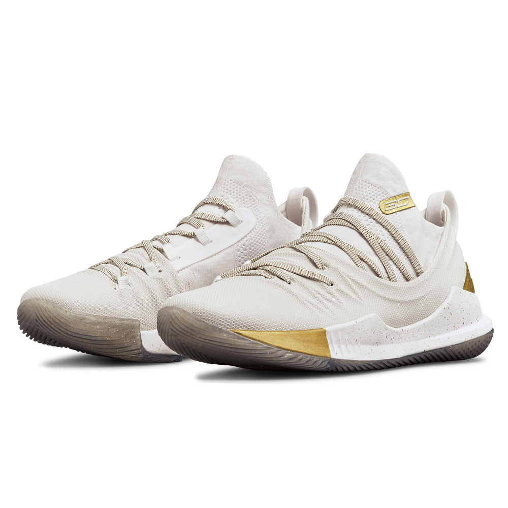 e545a619ef42 Under Armour Curry 5 Basketball Shoes. RRP £114.99£59.99 - RRP £114.99